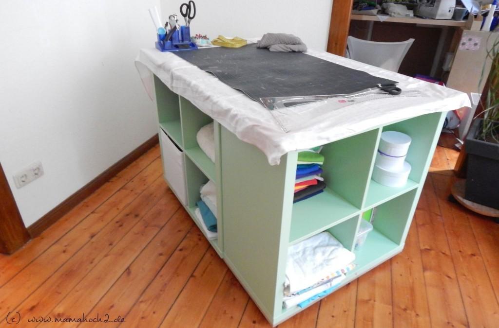 diy n htisch das raumwunder f rs n hzimmer mamahoch2. Black Bedroom Furniture Sets. Home Design Ideas