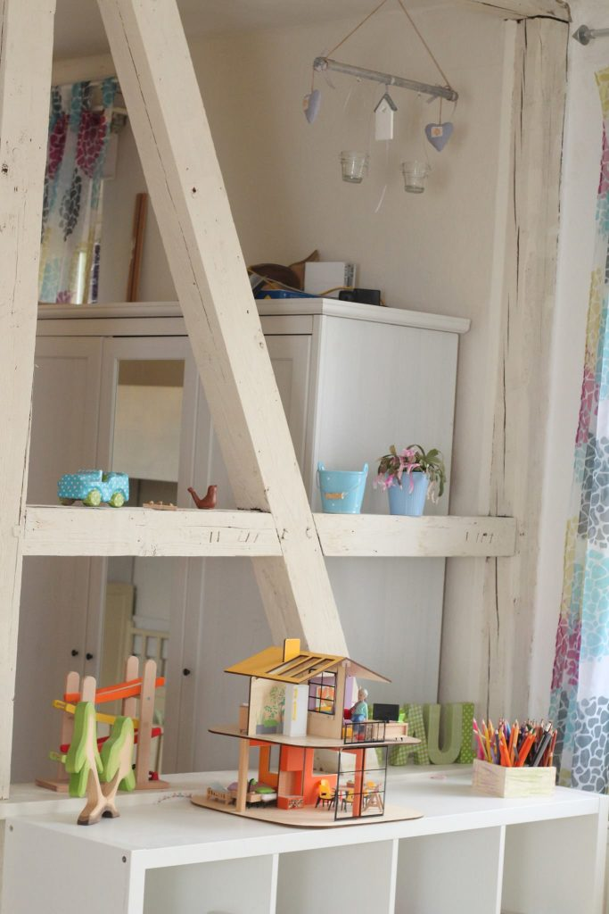 kinderzimmer im skandinavischen stil 24 ideen. Black Bedroom Furniture Sets. Home Design Ideas