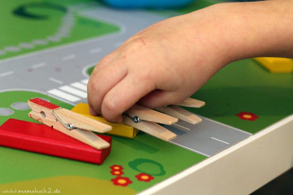 spiel farben lernen mit bausteinen montessori kleinkinder selbermachen (3)