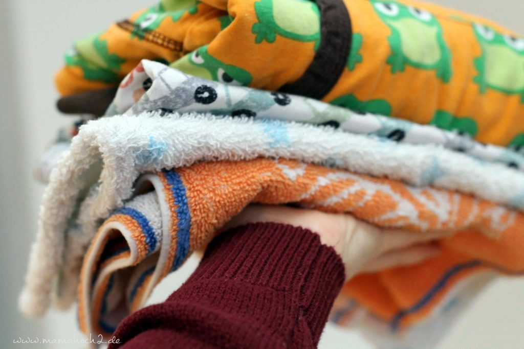kinder haushalt montessori wäsche machen helfen (1)