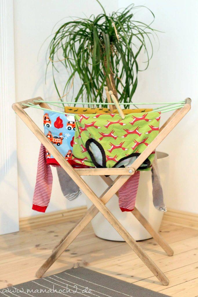 kinder haushalt montessori wäsche machen helfen (2)