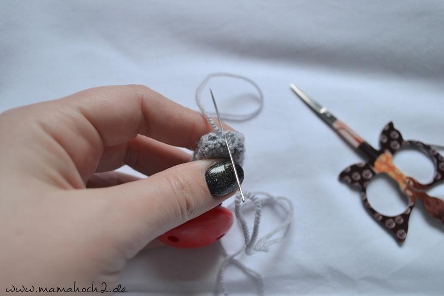 Häkelanleitung Nuckelkette häkeln Schnullerkette häkeln Perlen häkeln (5)