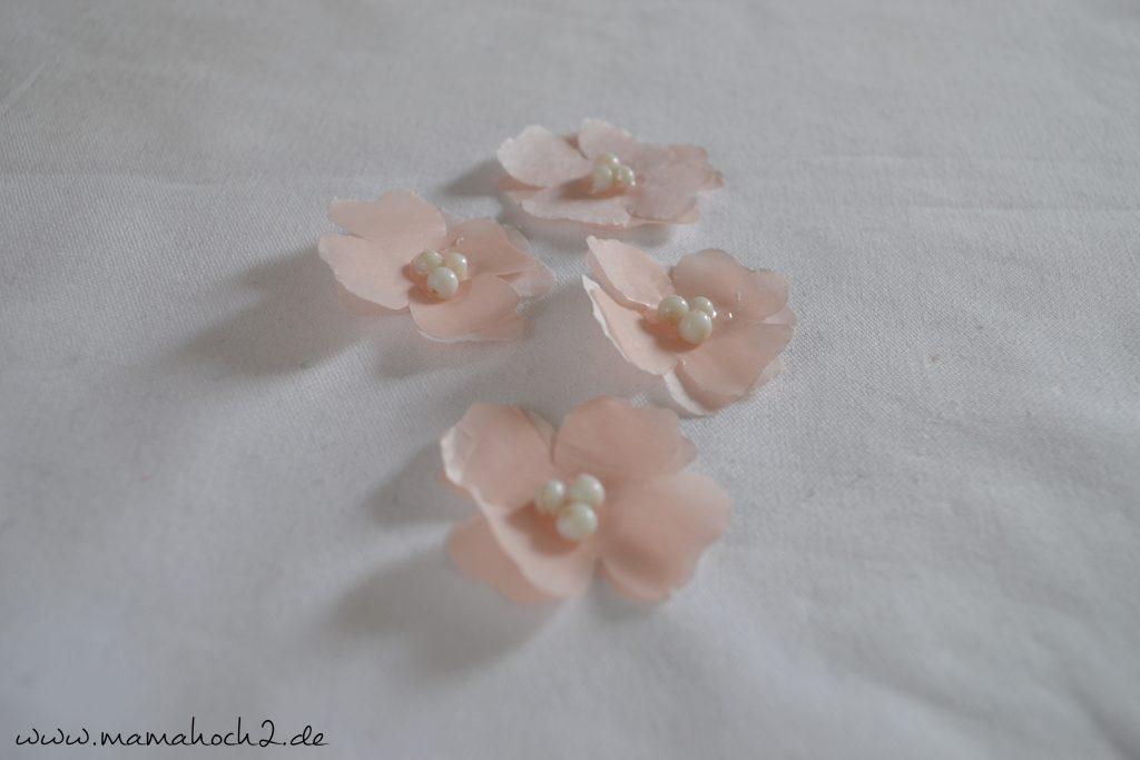 Kirschblüten aus Seidenpapier – Bastelanleitung (10)
