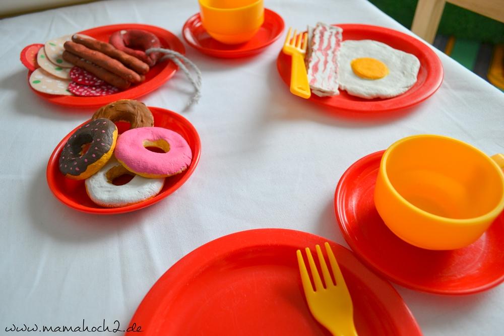 DIY – Lebensmittel aus Salzteig für Kinderküche 16