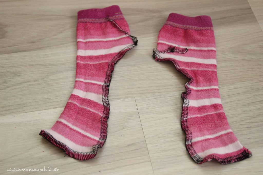 DIY Nähanleitung Puppenhose aus alten Strumpfhosen und Socken (4)
