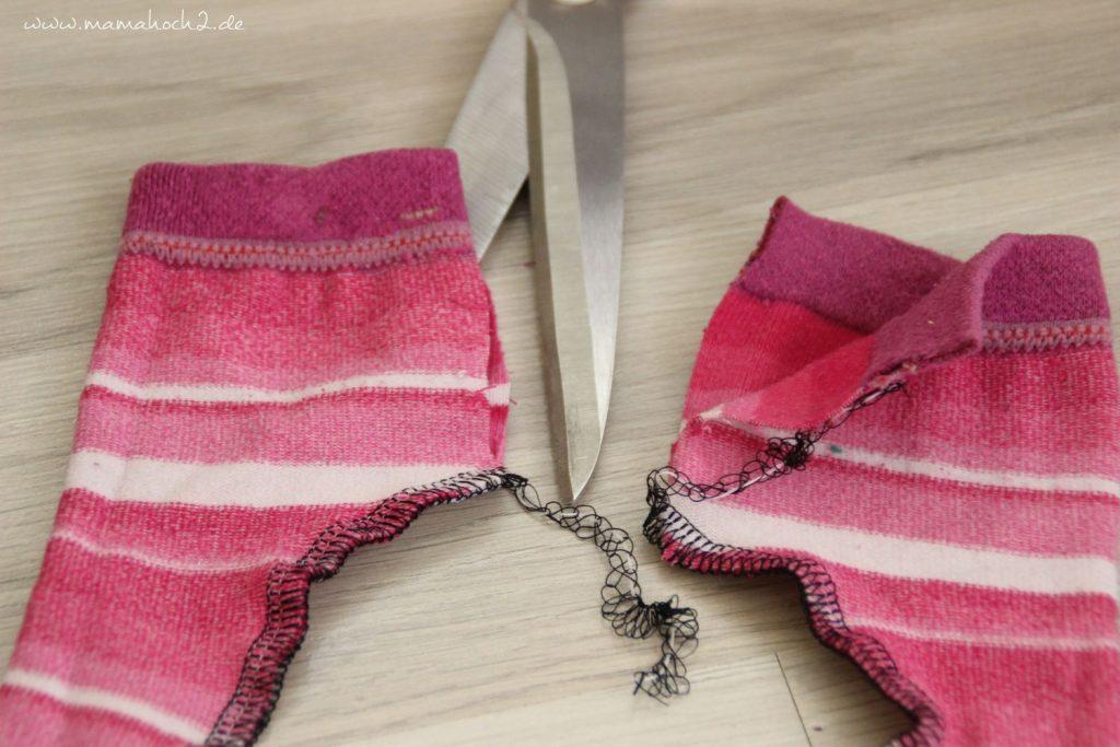 DIY Nähanleitung Puppenhose aus alten Strumpfhosen und Socken (5)