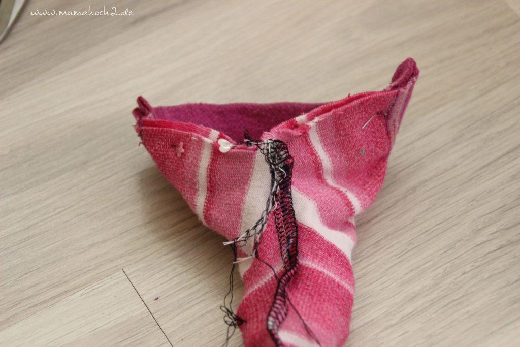 DIY Nähanleitung Puppenhose aus alten Strumpfhosen und Socken (6)