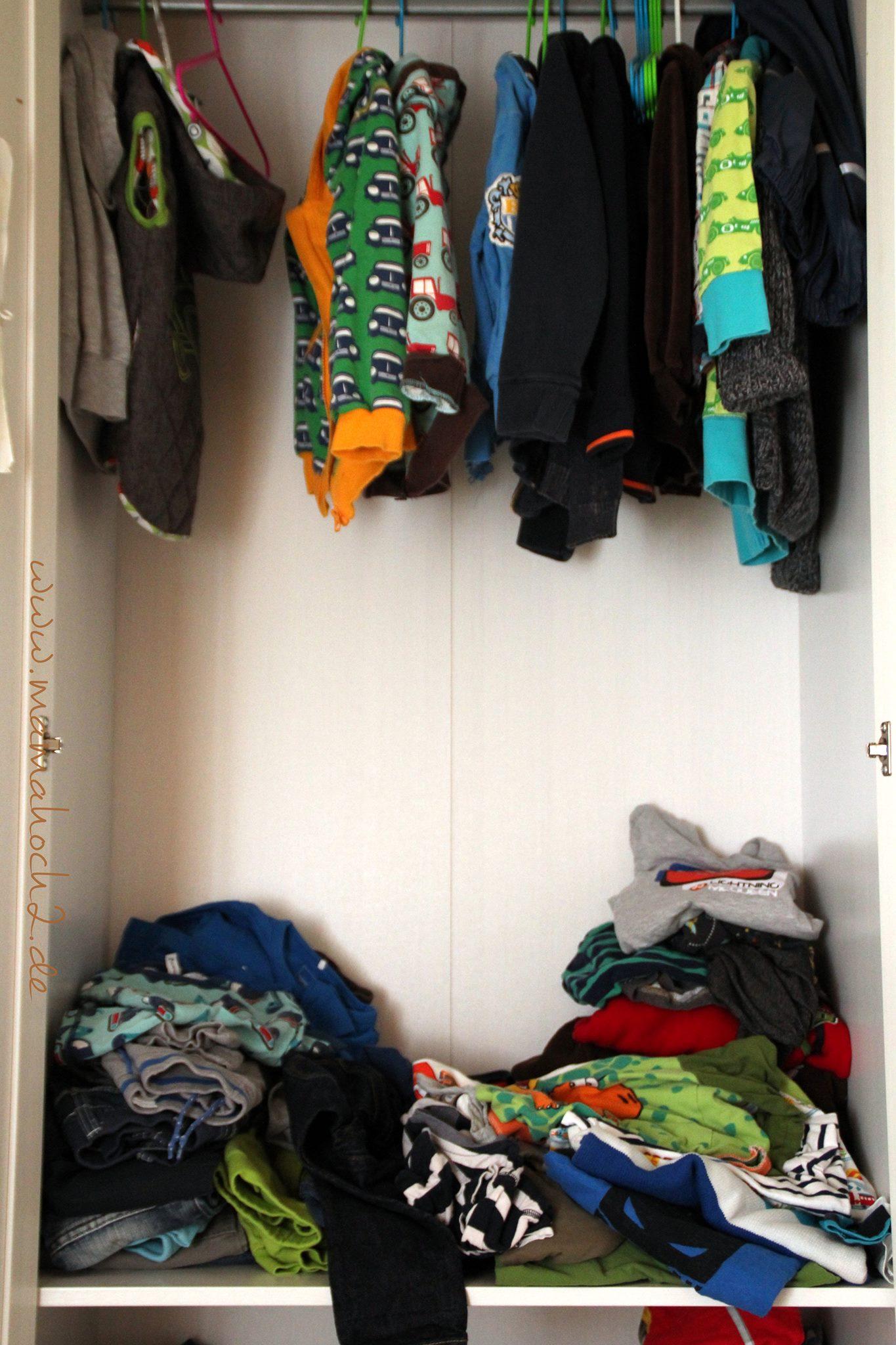 kleiderschrank ausmisten ordnung im kleiderschrank kinderzimmer minimalismus entr mpeln system. Black Bedroom Furniture Sets. Home Design Ideas