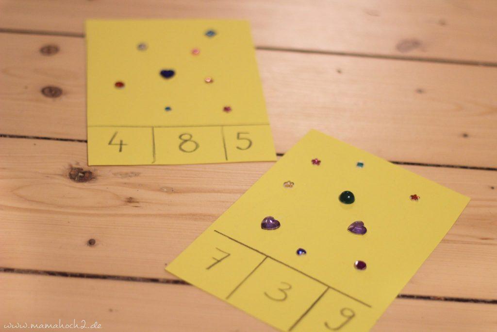vorschule übungen montessori lernkarten zählkarten klammern mamablog (1)