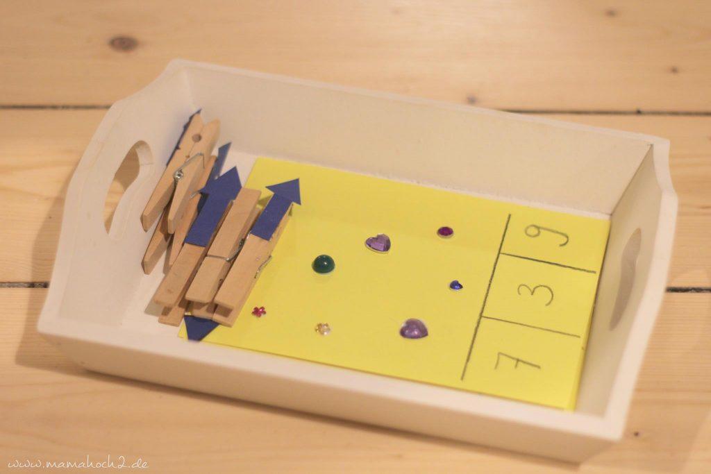 vorschule übungen montessori lernkarten zählkarten klammern mamablog (9)