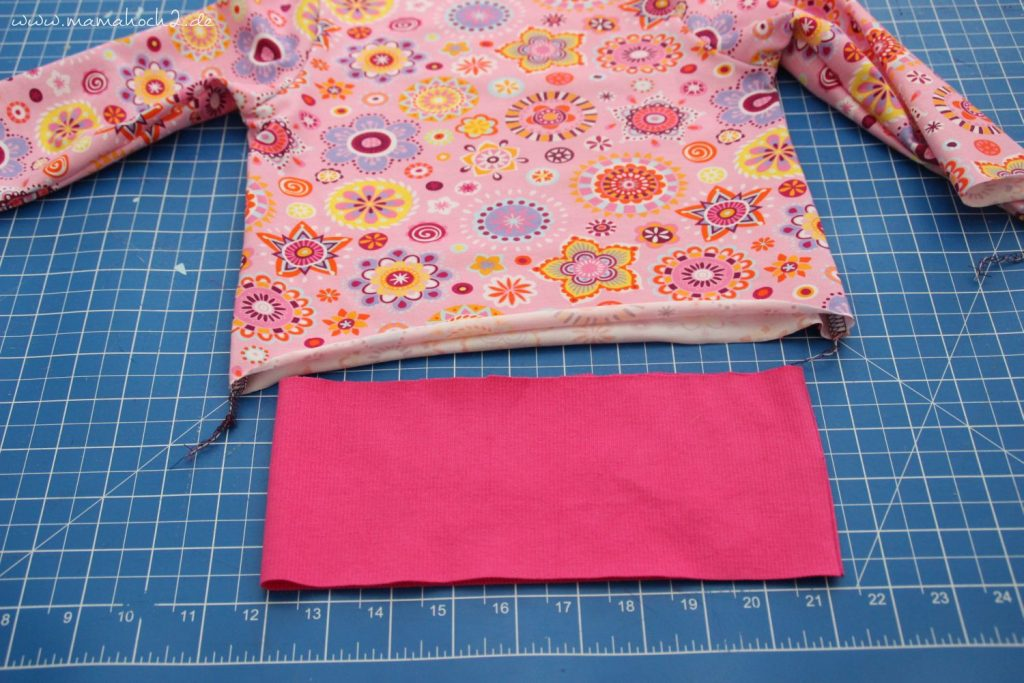 Freebook Nähanleitung New Basic Rockers Babypullover (18)
