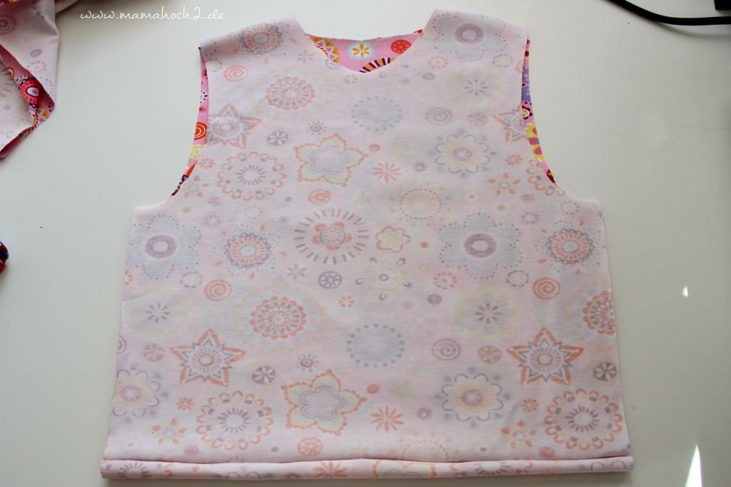 Freebook Nähanleitung New Basic Rockers Babypullover (7)
