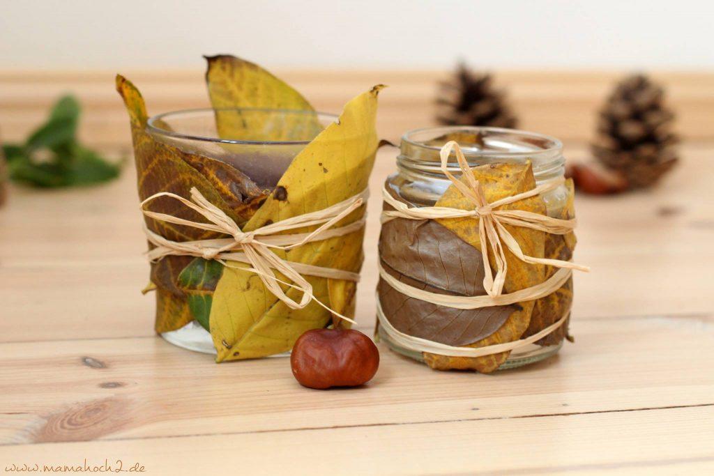 Herbstbasteln windlicht Laubblätter Laub Kerze Kerzenglas DIY Bastelanleitung für Kinder basteln (6)