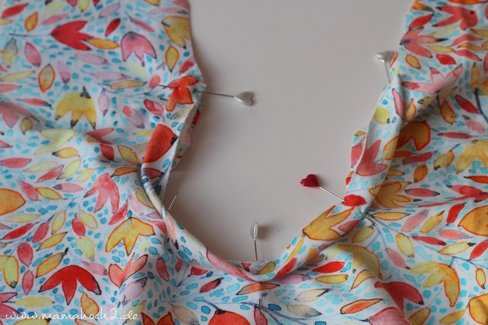 Lady Rockers Ausschnittvariation . Ausschnitt zum Binden . Oberteil mit Schleife . Ausschnitt mit Schleife (14)