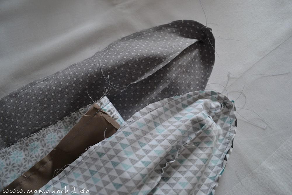Bettschlange . Bettschlange selber nähen . Kopfschutz für Babys (17)