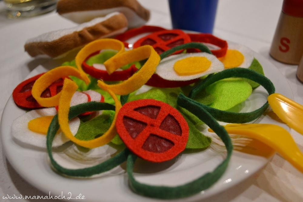 Filzessen . Salat aus Filz . Essen für die Kinderküche . DIY Kinderküche . gesunde Ernährung für Kinder (26)