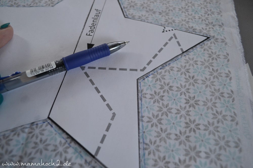 Sternspieluhr . Sterne . Zählstern . Sterne . Stern Freebook . Sternkissen (12)
