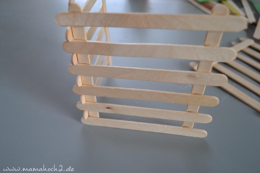 Stiftehalter aus Eisstielen . Basteln mit Holz . Holz . Holzstiele verarbeiten . Basteln mit Naturmaterialien (33)