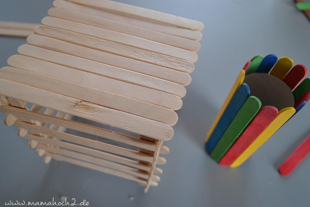 Stiftehalter aus Eisstielen . Basteln mit Holz . Holz . Holzstiele verarbeiten . Basteln mit Naturmaterialien (35)