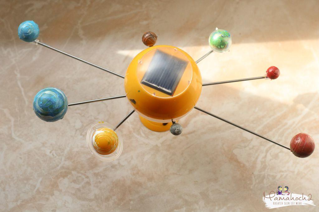 planeten lernen sonnensystem tipps spielideen erde mond sonne neptun lernen fürs leben kinderzimmer ideen für zu hause (4)
