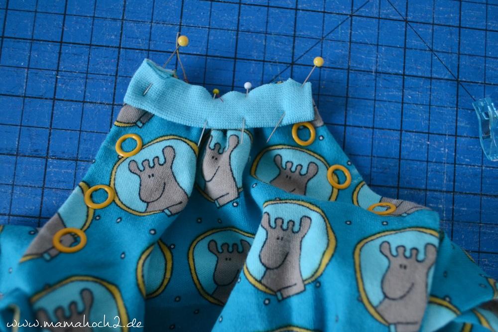 Autumn Rockers mit doppelter Knopfleiste . doppelte Knopfleiste nähen . Raglan für Babys . Babypullover . nähen für babys . Knopfleiste einnähen (35)